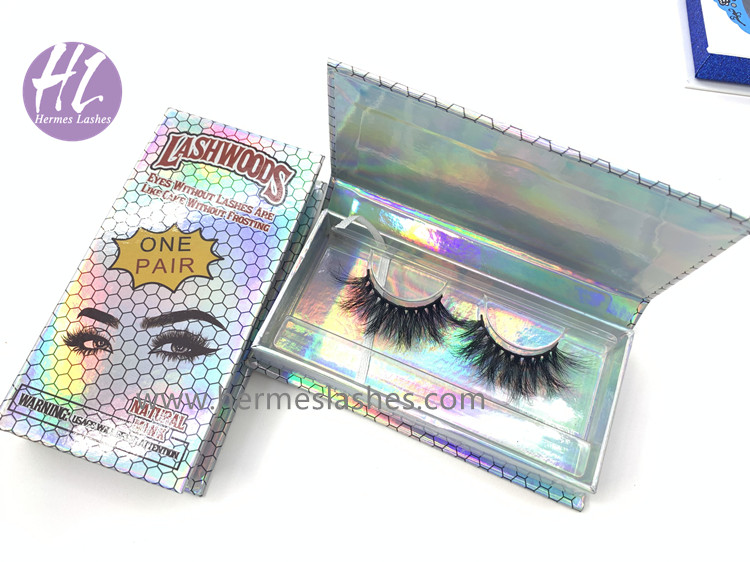 custom holographic eyelash packaging